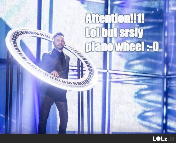 Dėmesio, Eurovizija arba pianinas ratas